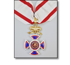 State insignia on a collarette