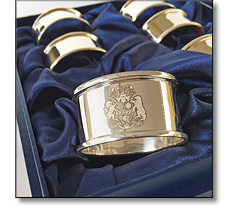 Napkin rings with an engraved crest